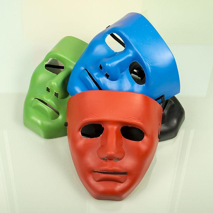 Пластиковые, карнавальные маски оптом фото 019