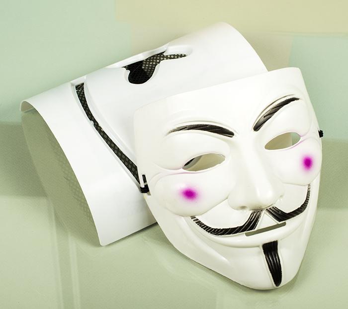 Пластиковые, карнавальные маски оптом изображения 004