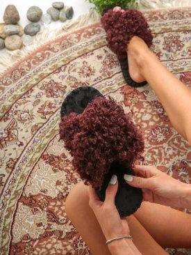 Женские домашние тапочки барашки иксики цвета Марсала, Family Story - 1