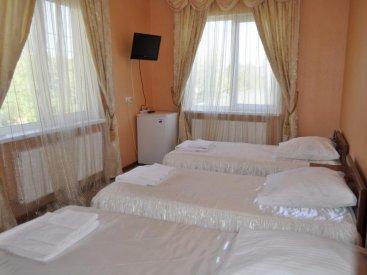 Отель Lux Hotel, Номер 3-местный стандарт