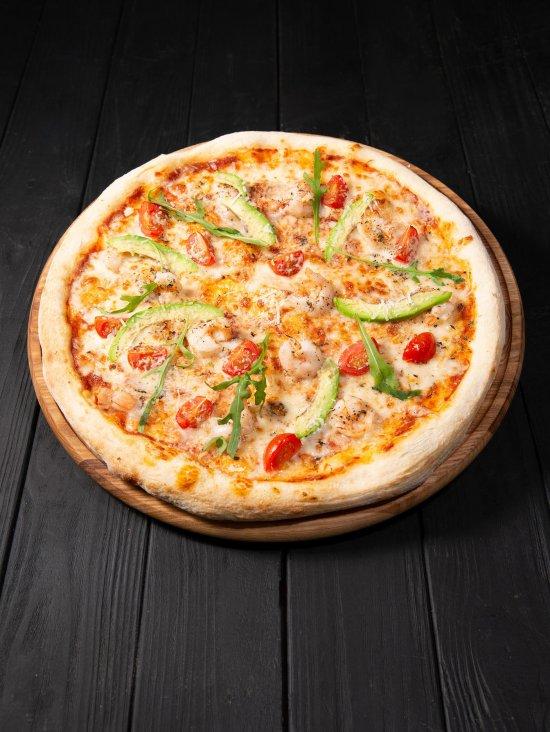 Пицца Совиньон с креветками и авокадо фото 1