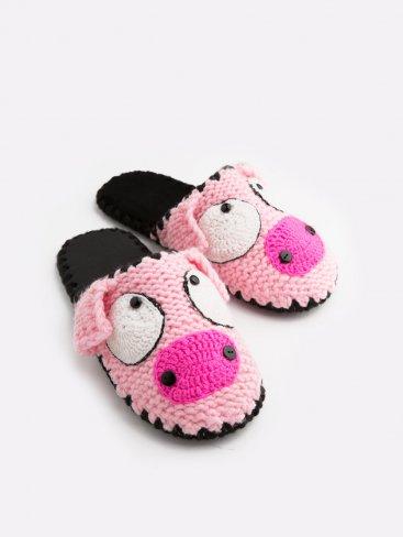 Домашние тапочки с мордочкой Свинки, Family Story - 1