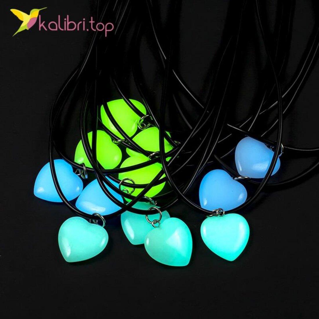 Светящиеся флуоресцентные кулоны Сердечки Цветные оптом фото 01