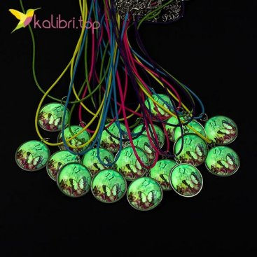 Кулон светящийся флуоресцентный Бабочка оптом фото 01